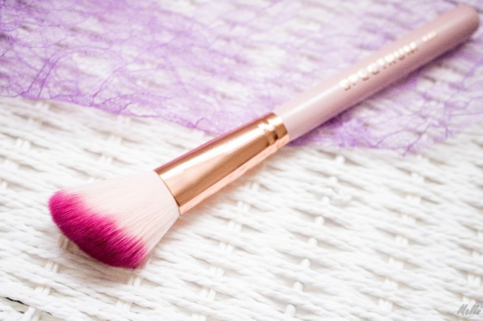 spectrum collections bomb shell a05 brush pink