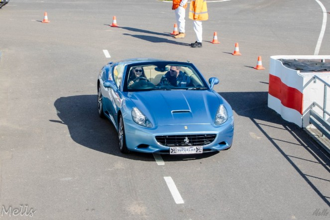 supercar driving experience ferrari california