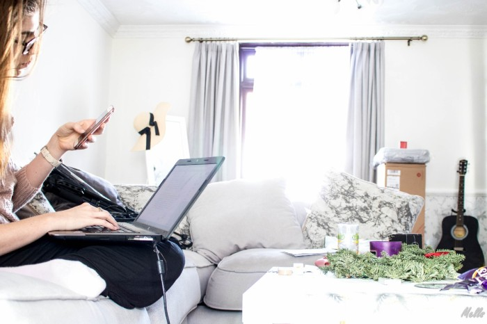 5 tips to find motivation and organise better living room social media positivity